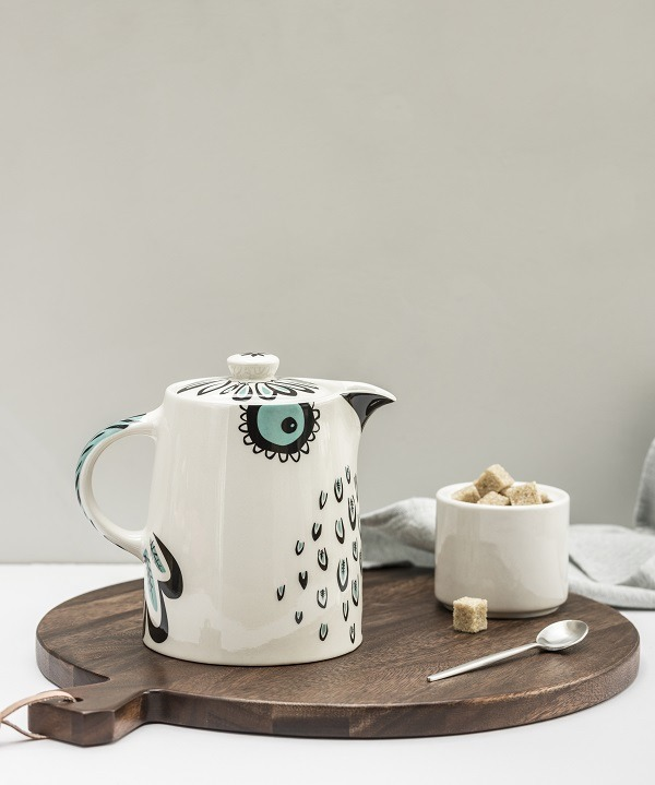 Owl tea pot by Hannah Turner
