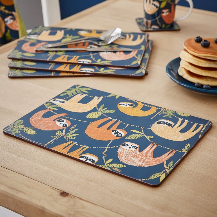 Hanging around placemats on a wooden table