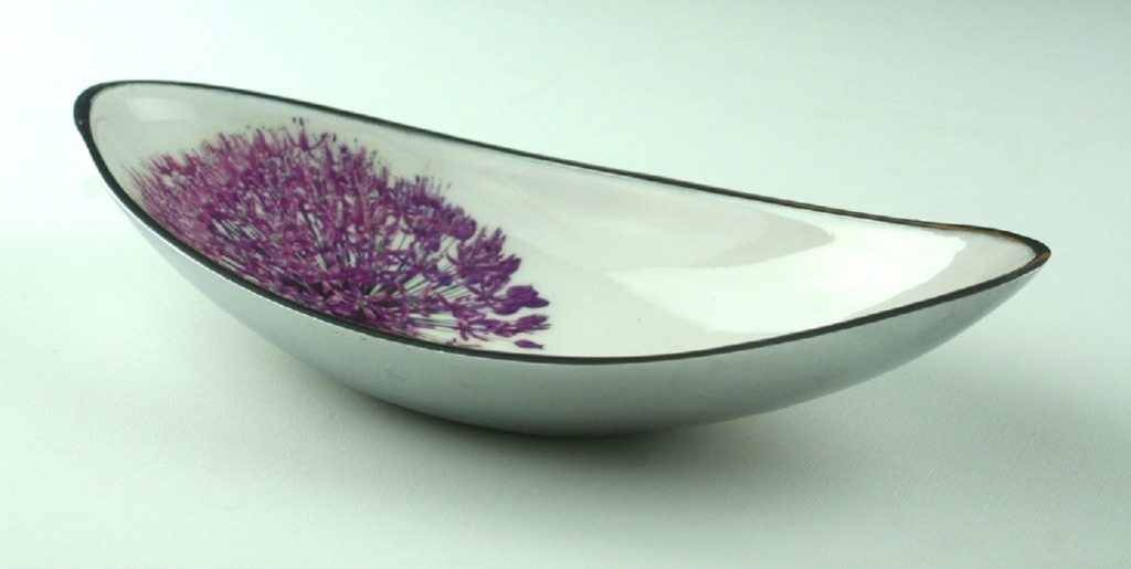 allium boat bowl shows the bowl with the flower head depicted in purple
