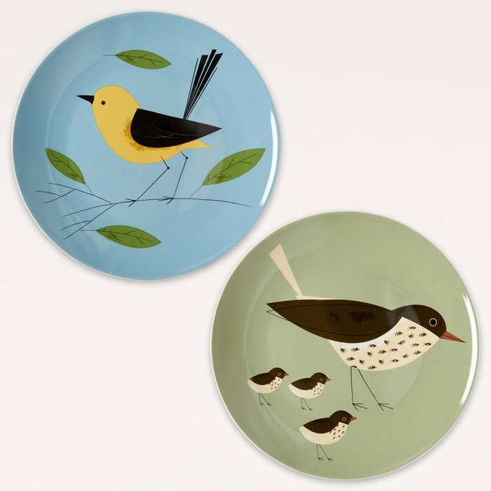 Wagtail and Thrush set of 2 plates